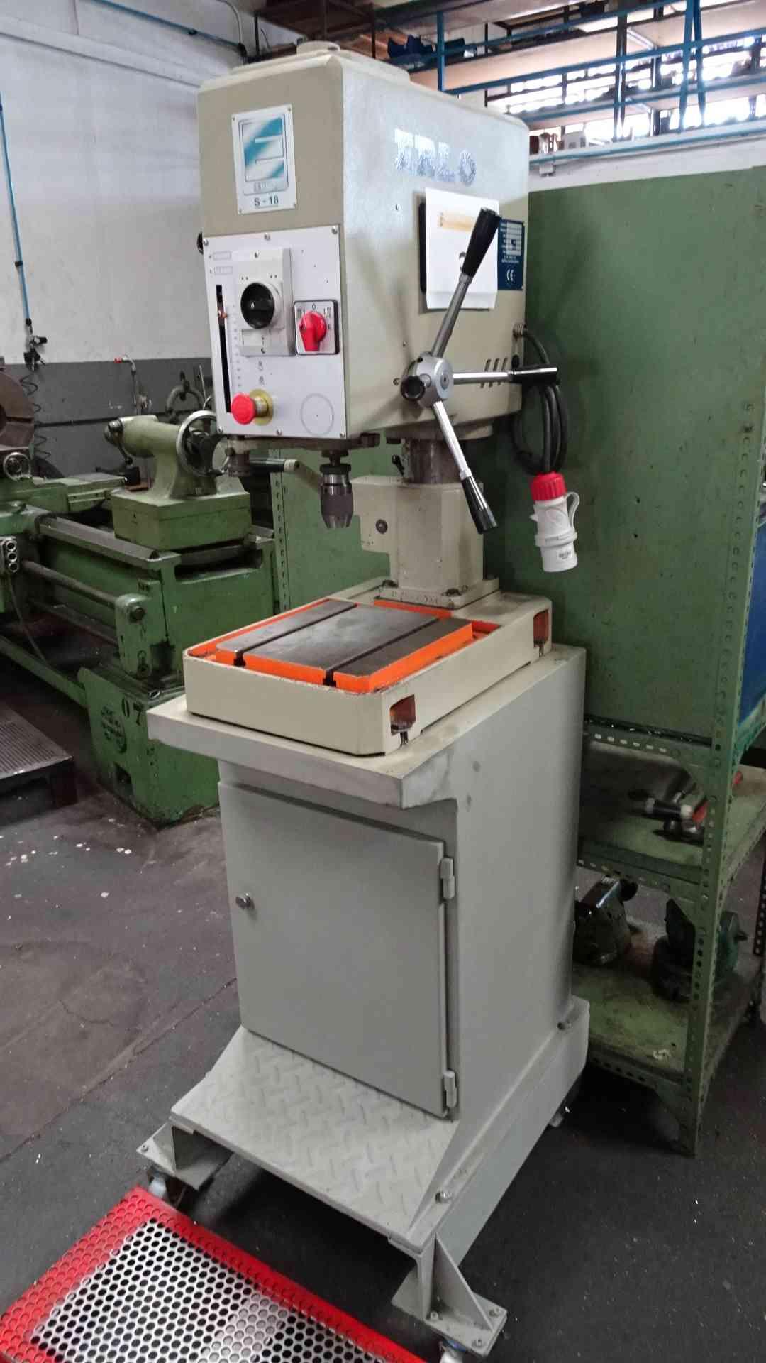 Pacelma auctions s l gedheras maquinaria mecanizado for Oficina 0049 banco santander